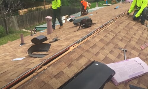 Kitchener Affordable Roofing shingles project